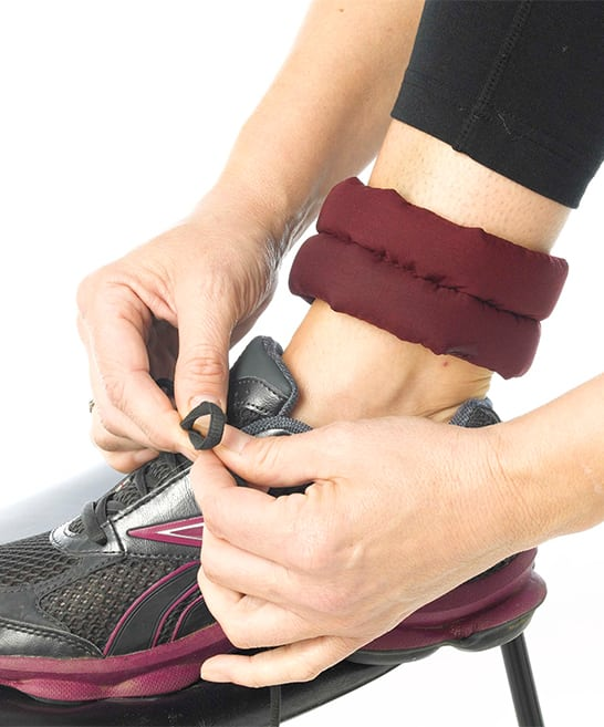 ein paar Knöchel Kühlbänder die Schwellung im Knöchel zu reduzieren